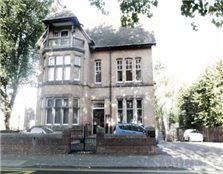 2 bedroom flat Dudley