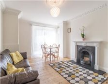 2 bedroom flat West Ealing