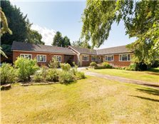 6 bed detached bungalow for sale