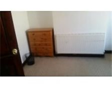 Nice and spacious room in Farnwoth Farnworth