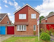 4 bed link-detached house for sale