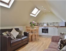 1 bed detached house to rent Wheatley