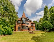 6 bed property for sale