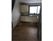 3 Bed Top Floor Flat Renfrew Paisley