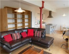 2 bedroom flat Tradeston