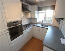 2 bedroom maisonette Reading