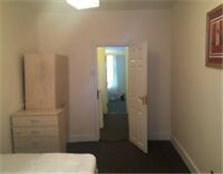 Amazing 1 bedroom 1st floor flat £1000 pcm Barking