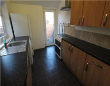 4 bedroom maisonette Heaton