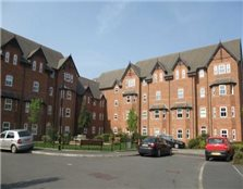 2 bedroom apartment Altrincham