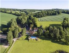 6 bedroom farm house for sale