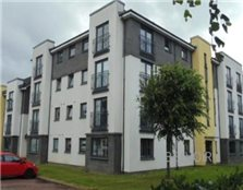 3 bedroom apartment Renfrew