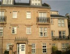 3 bedroom flat Newington