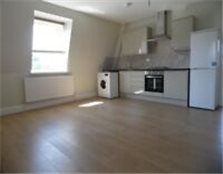 **NEW BUILD FULLY FURNISHED** Three Bedroom Flat In WOODFORD!!!