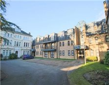 2 bedroom ground floor flat Newmarket