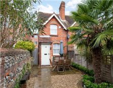 2 bedroom end of terrace house Henley-on-Thames