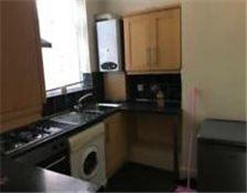 1 bed studio apartment. MC 18 7EF Old Trafford