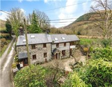 4 bedroom equestrian facility for sale Machynlleth