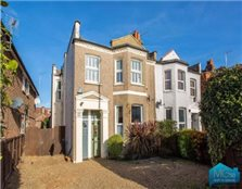 2 bedroom maisonette for sale North Finchley