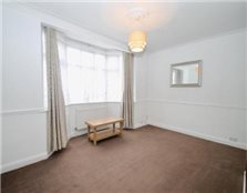 2 bedroom flat Sutton