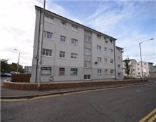 2 bedroom apartment Ayr