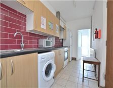 3 bedroom flat Cowley
