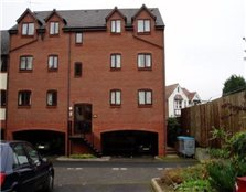 2 bedroom flat Evesham