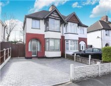 3 bedroom semi-detached house Wolverhampton