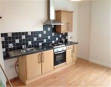 ONE BEDROOMED APARTMENT IN OLDHAM - CLOSE TO CENTRE