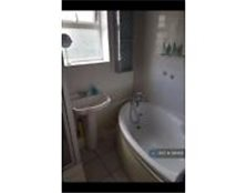 2 bedroom flat in Shelley Road, Prestwich, M25 (2 bed)