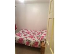 Double room in flat, Mon-Fri Let Shinfield