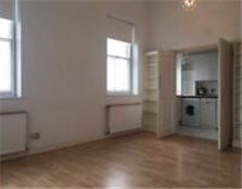 2 double bedroom flat with direct sea views Brighton