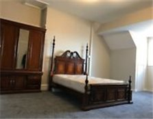 Stunning - Extremley large rooms available now - Longsight