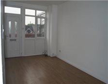 2 bedroom flat Ellesmere Port