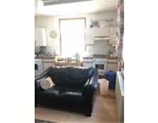 1 Double bedroom flat available to let in High street North, East ham, E12 Newham