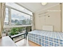 Student Accommodation - Whitbeam Close 4 bedroom 3 bath flat Oval-Stockwell - available September Kennington