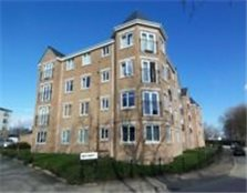Lovely, large modern two bed flat Ash Court, Leeds. Close to city. Recently redecorated. £625 pcm