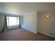 Spacious, newly refurbished 2 bedroom flat to rent in Rottingdean Brighton