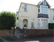 2 Bed Unfurnished Ground Floor Flat in Whitchurch, Available Now for £725pcm