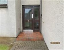 1 bedroom unfurnished first floor flat in centre of Prestwick with own parking space