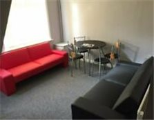 FOR SALE FULLY LET LICENCED HMO STUDENT ACCOMMODATION - 3 BED PLUS COMMON ROOMS SALFORD MANCHESTER