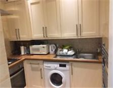 2 bedroom ground floor available in Seven kings ( IG3 ) DSS & RENT REDUCED Barking