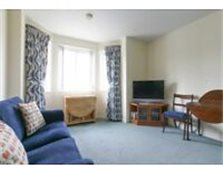 FESTIVAL LET: (Ref: 810) South Gyle Road. Bright and homely two bedroom, 1st floor flat w/ parking!