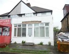 A 5 Bed 1 Rec 1 Bath Semi Detached House For Sale On Heath Road - Hounslow TW3 2NS