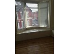 Ancaster Rd. Sefton Park Nr. Lark Lane and Aigburth Vale. Large 2 bed 1st floor s/c flat DG, GCH