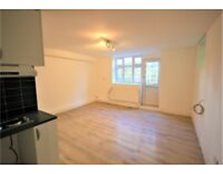 Large Studio Flat available to rent on Ditchling Road with bills included! Brighton