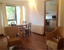 Spacious, self contained, freshly decorated, 2 bed, ground floor flat in Peterculter. £525 pcm.