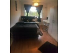 Modern Furnished Rooms Available to let!! (short terms considered) Selly Oak