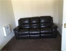 Modern 2 bed flat in farnworth close to metro & shops a big Tesco & close to Bolton & Manchester