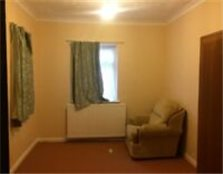 Studio ground floor flat available to let on Henley road ilford Barking