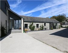 5 bed barn conversion for sale